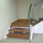 מדרגות עץ עליה לגלריה - עבודות עץ שונות