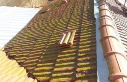 תיקון נזילה בגג רעפים